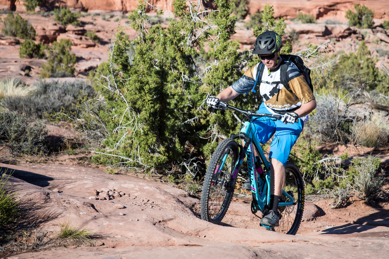 moab mountain biking chasing epic hymasa trail